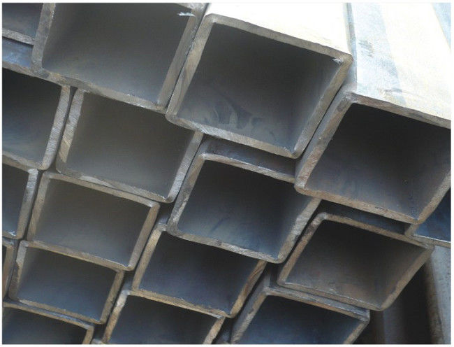 Round, Square, Rectangle Galvanized or Coated with Oil Welded Steel Pipe / Pipes